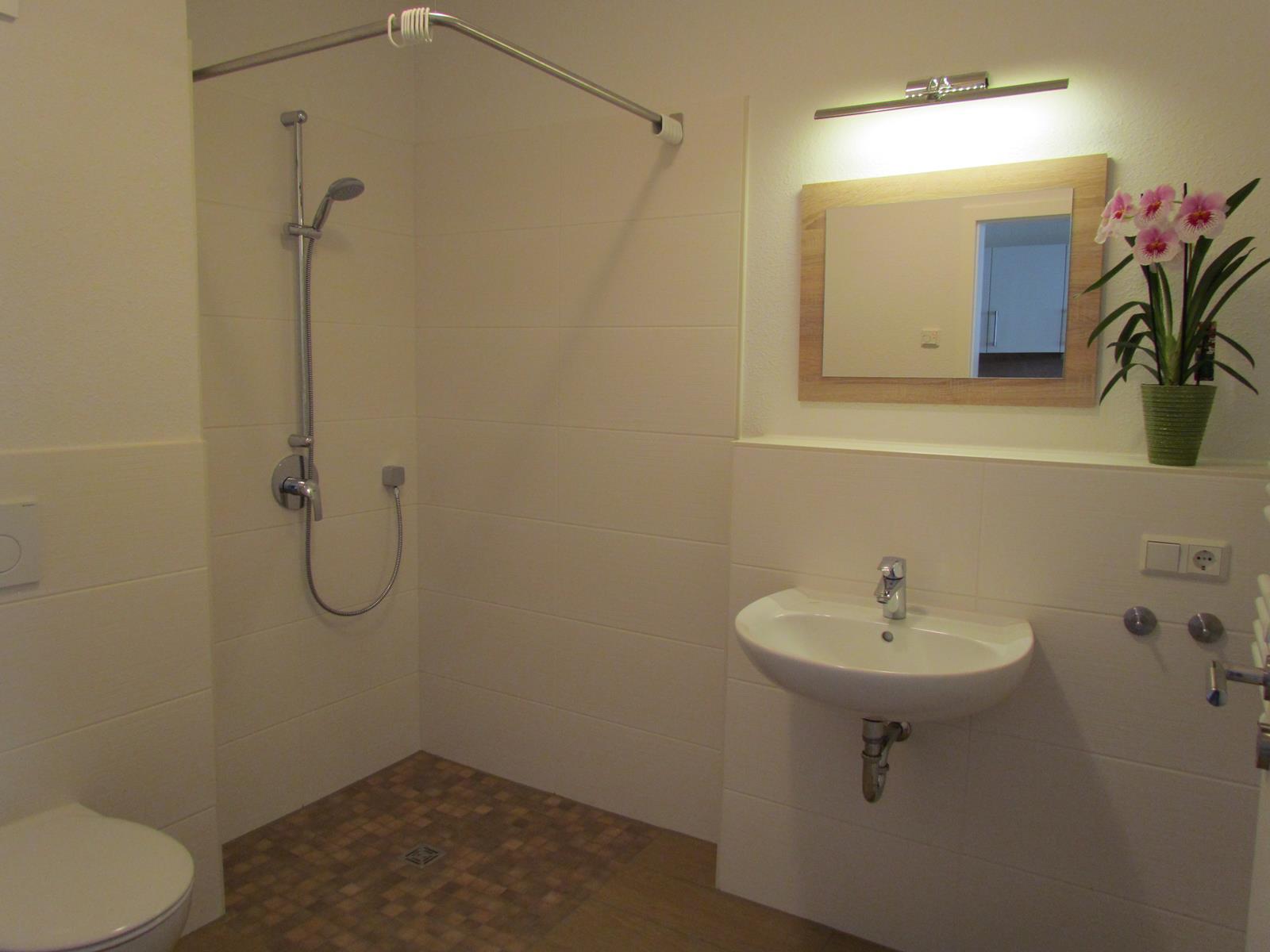 Einraumwohnung Standard Bad